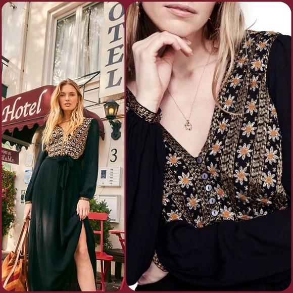 Free People Dresses & Skirts - 🆕️ Free People Hearts desire maxi Midi dress